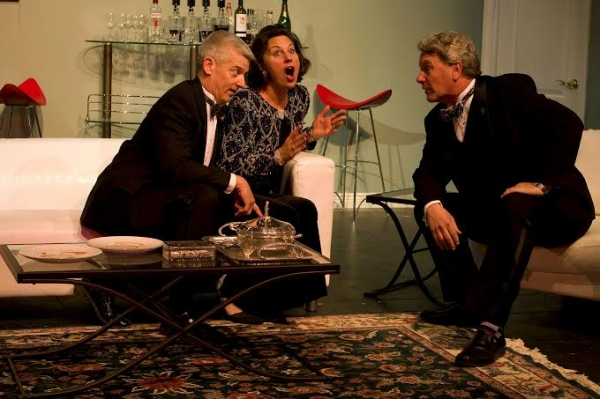 Frank Markus (Lenny Gantz), Sue Rogers (Claire Gantz), and Jim Moll (Ken Gorman) Photo