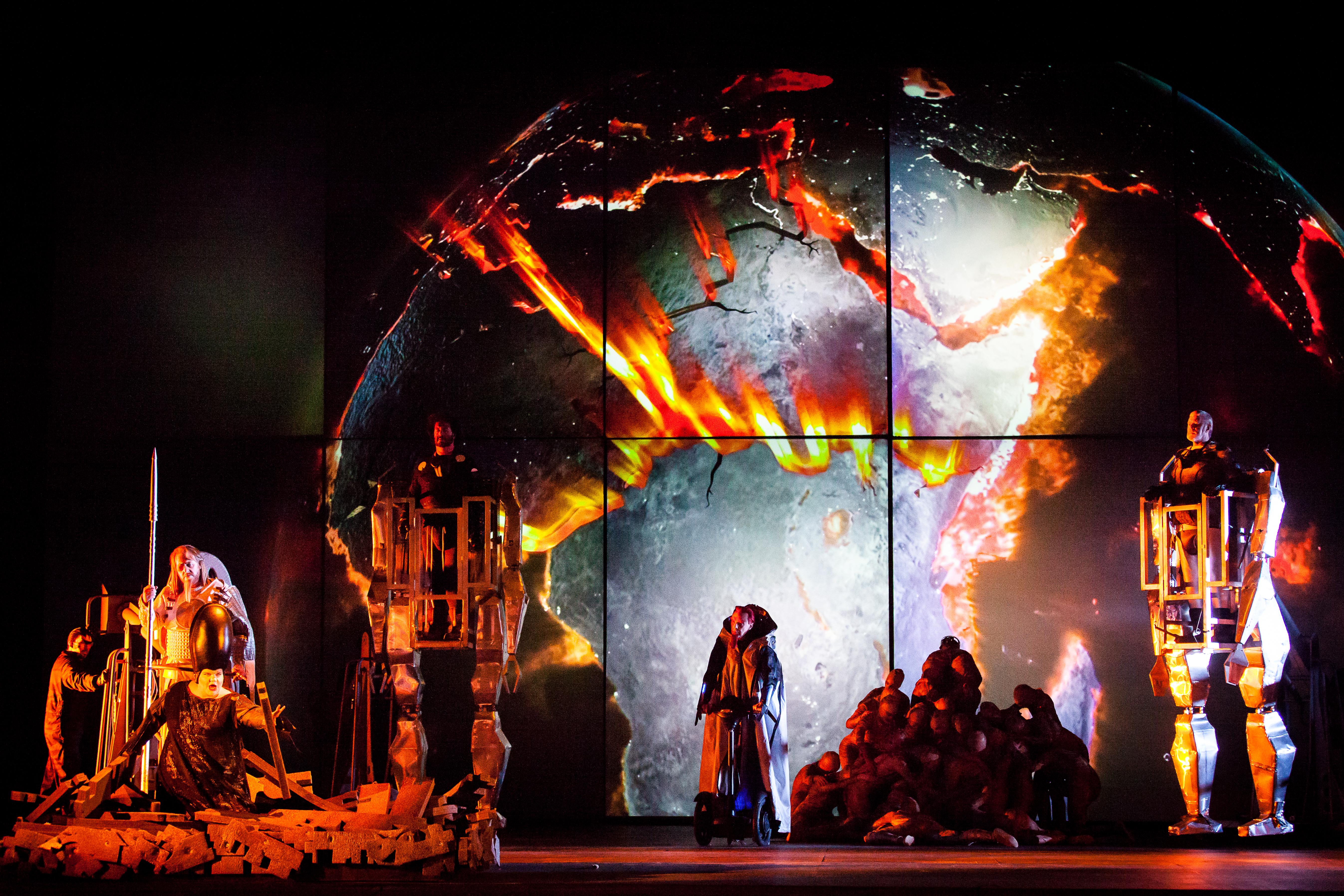 BWW Reviews: Houston Grand Opera's DAS RHEINGOLD is Full-Throttle Spectacle