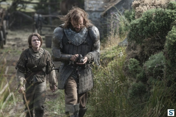 Photo Flash: Images & Promo for GAME OF THRONES 'Breaker of Chains' Episode