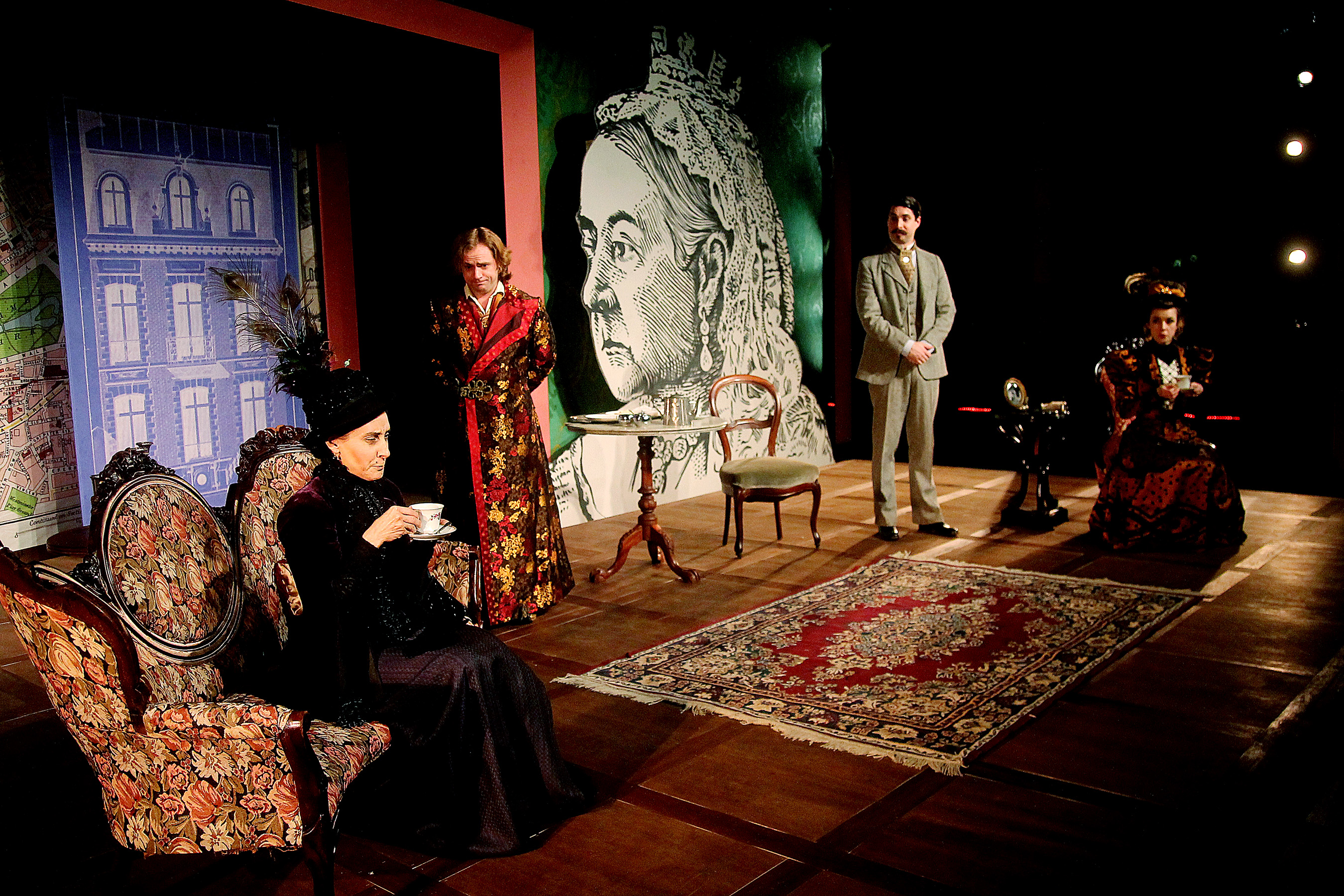 BWW Reviews: Classical Theatre Company's THE IMPORTANCE OF BEING EARNEST is a Witty, High-Gloss Production