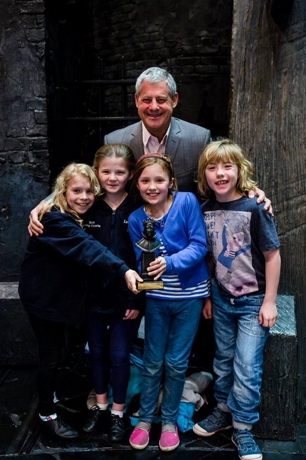 Cameron Mackintosh Poses with Young Cast Members of LES MISERABLES