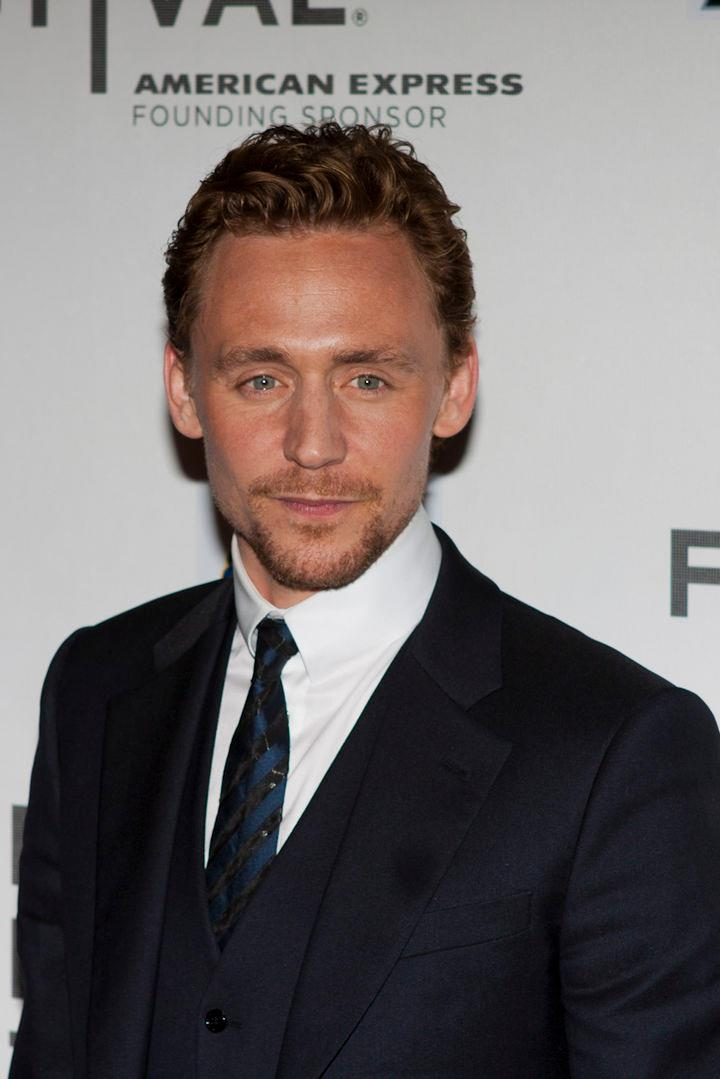 Tom Hiddleston Calls Shakespeare's Poetry 'A Labyrinth'