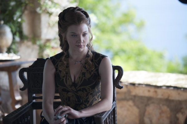 Photo Flash: New Pictures from New GAME OF THRONES Episode 'Breaker of Chains'