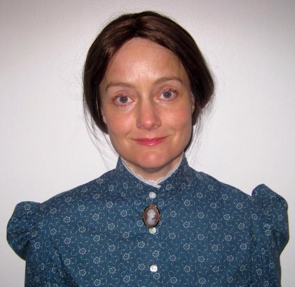 Miss Lizzie (Carolyn Crotty)