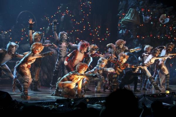 Photo Flash: CATS Celebrates Opening at La Mirada Theatre