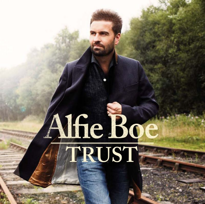 BWW Interview: Alfie Boe Talks TRUST, MR. SELFRIDGE, and Career