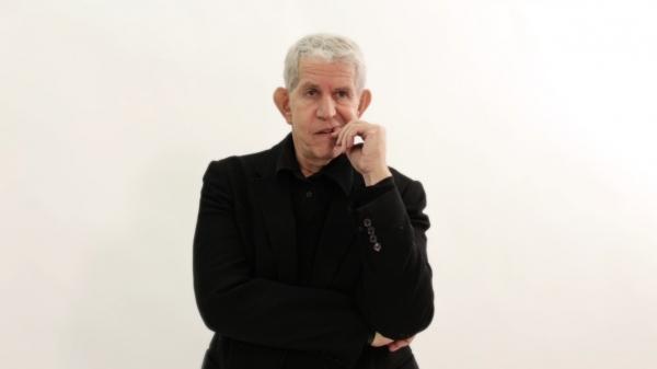Tony Roberts
