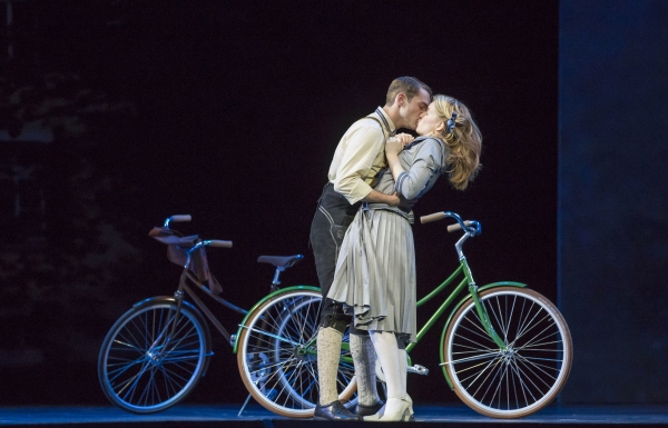 Photo Flash: First Look at Billy Zane, Jenn Gambatese and More in Lyric Opera of Chicago's THE SOUND OF MUSIC