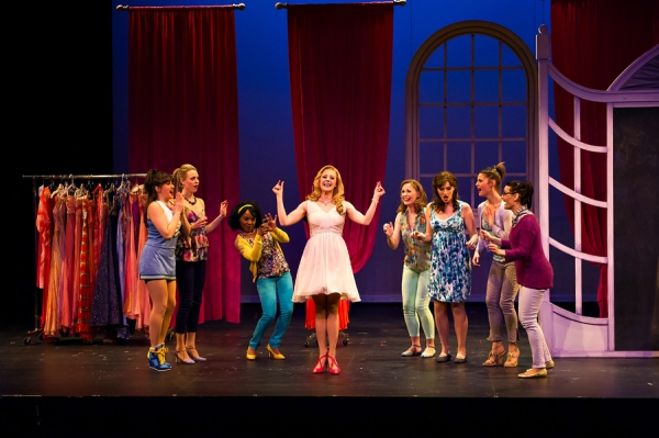Jayme Armstrong as Elle Woods and cast of Legally Blonde
