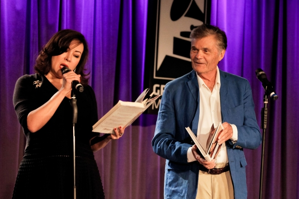 Jennifer Tilly and Fred Willard