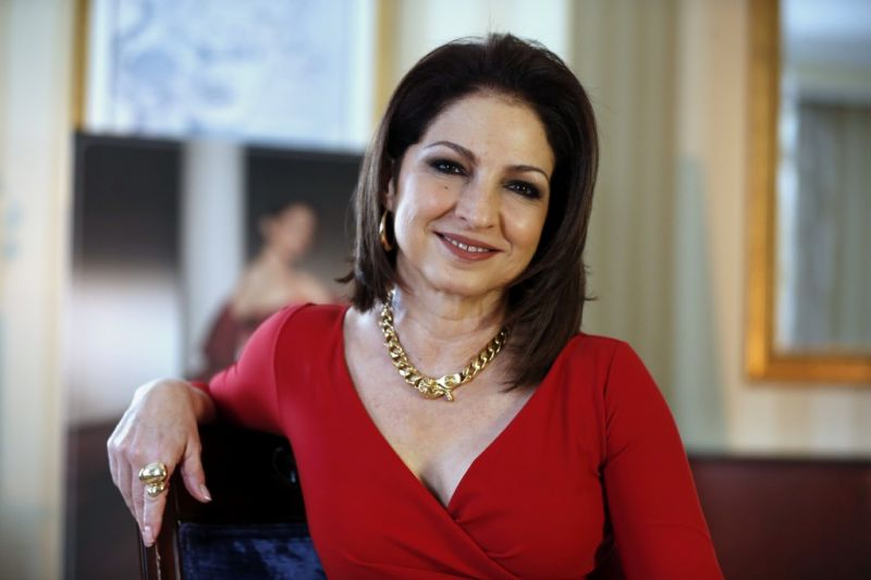 Gloria Estefan Announces Broadway Musical ON YOUR FEET & Behind The Scenes Reality Series For 2015