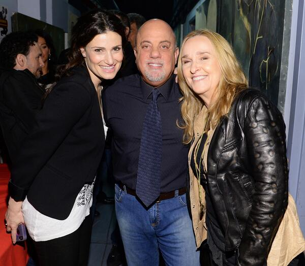'Honesty'! Idina Menzel Sings For Billy Joel On THE HOWARD STERN SHOW