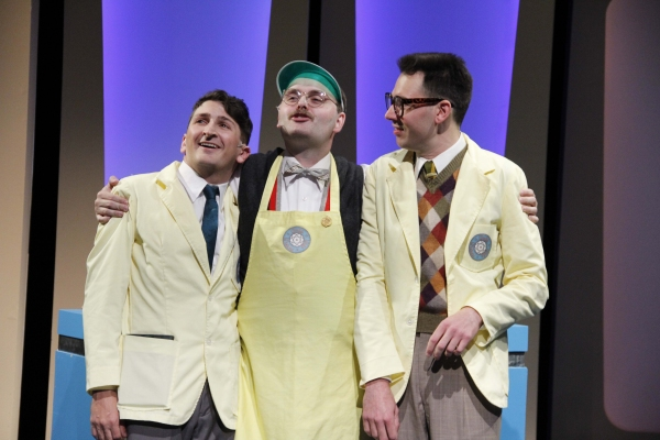 Tyler Ravelson as J. Pierrepont Finch, Matthias Austin as Twimble and John Keating as Bud Frump