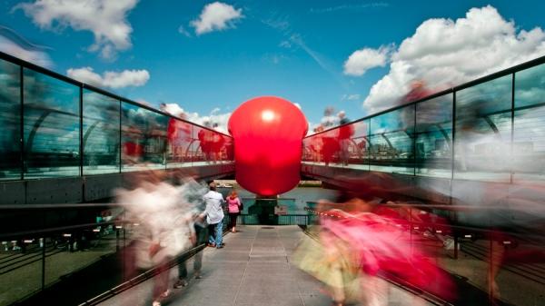 BWW Interviews: Conversations with Artists - Kurt Perschke of the Redball Project