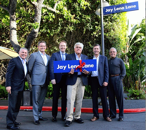 Universals Studios Dedicates 'Jay Leno Lane' in Honor of TONIGHT SHOW Host