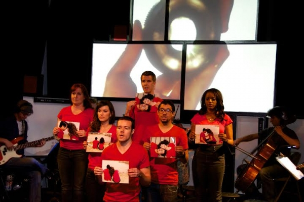 BWW Reviews:  Ignite Theatre Raises their Bar in the Mesmerizing and Inspired Musical, 35MM - A True Work of Art!