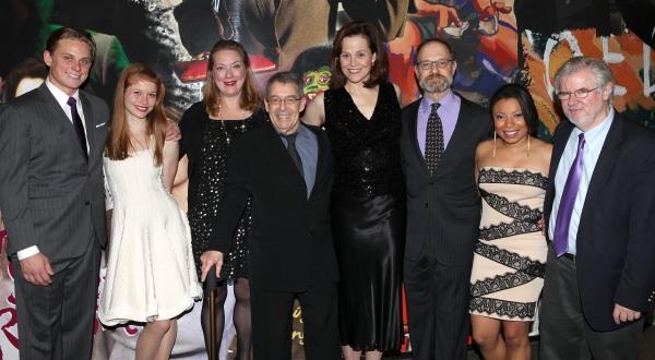 Billy Magnussen, Genevieve Angelson, Kristine Nielsen, Nicholas Martin, Sigourney Wea Photo