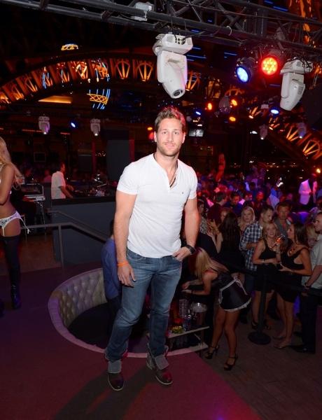 Photo Flash: Juan Pablo Galavis Hosts Bachelorette Bash at Chateau Nightclub & Rooftop