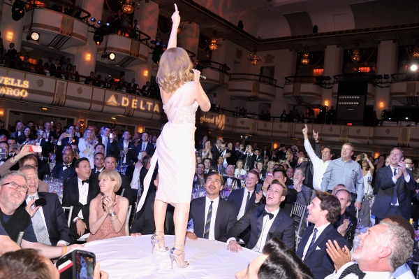 NEW YORK, NY - MAY 03:  Kylie Minogue performs at the 25th Annual GLAAD Media Awards  Photo