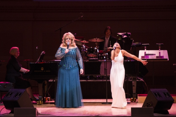 Photo Coverage: Kristin Chenoweth - Exclusive Performance Shots - THE EVOLUTION OF A SOPRANO at Carnegie Hall
