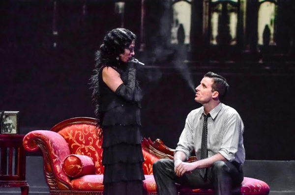 Ann Crumb (Norma Desmond) and Sean Thompson (Joe)