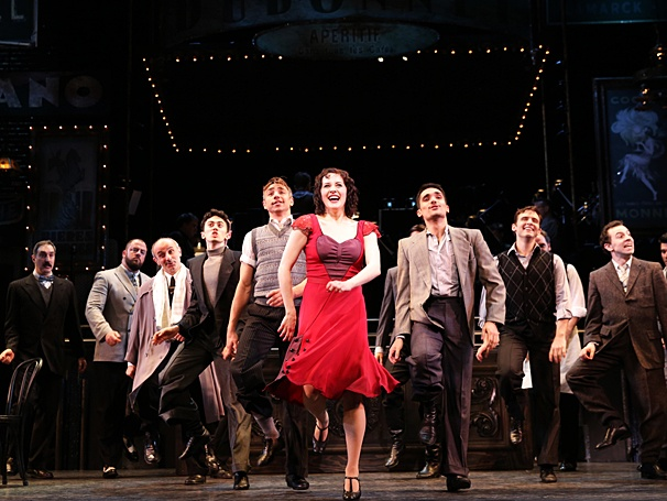 BWW REVIEWS:  Encores! Offers a Rare Evening With IRMA LA DOUCE