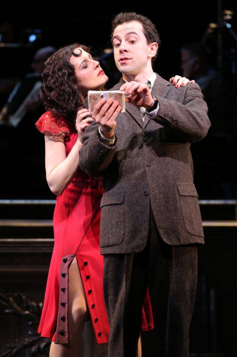 BWW REVIEWS:  Encores! Offers a Rare Evening With IRMA LA DOUCE