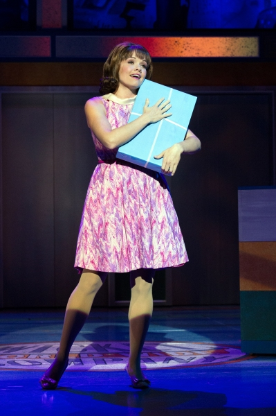 Photos: First Look - Walnut Street Theatre's HOW TO SUCCEED IN BUSINESS WITHOUT REALLY TRYING