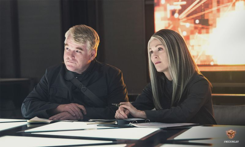 First Look - Late Actor Philip Seymour Hoffman Stars in HUNGER GAMES: MOCKINGJAY Part I