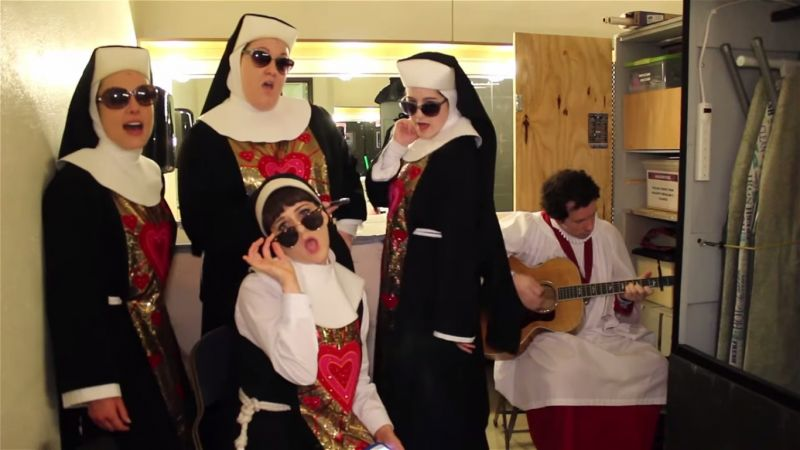 BWW Interviews: SISTER ACT Stars Talk 'Sunday Intermission Covers,' Challenge Broadway Community