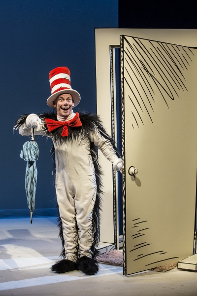 Photo Flash: First Look - Dr. Seuss' THE CAT IN THE HAT at Children's Theatre Company, 5/22-7/27