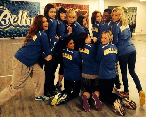 First Look - Anna Kendrick, Rebel Wilson & More on Set of PITCH PERFECT 2