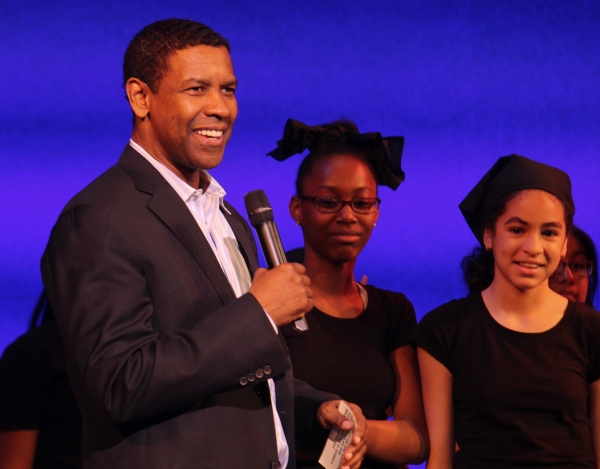 Denzel Washington and students from Dr. Gladstone H Atwell MS 61