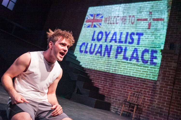 BWW REVIEWS: Josh Sticklin Shines in the Keegan Theatre's World Premiere of A MIDSUMMER NIGHT'S RIOT