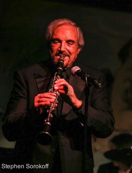 Photo Coverage: Hal Linden Plays Cafe Carlyle