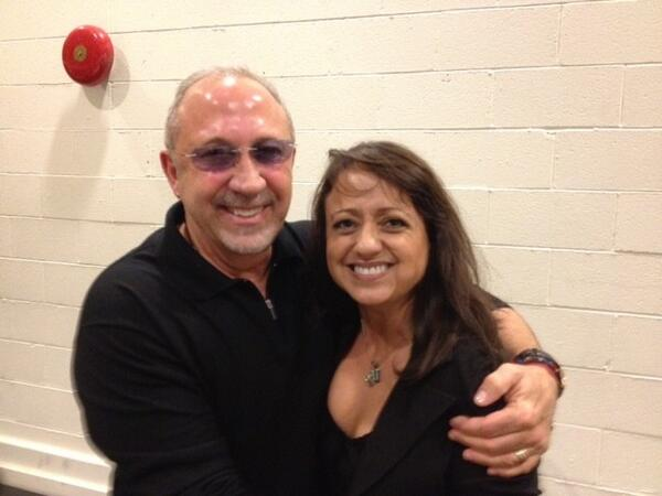 Natalie Toro & Gloria Estefan Tweet From ON YOUR FEET Reading