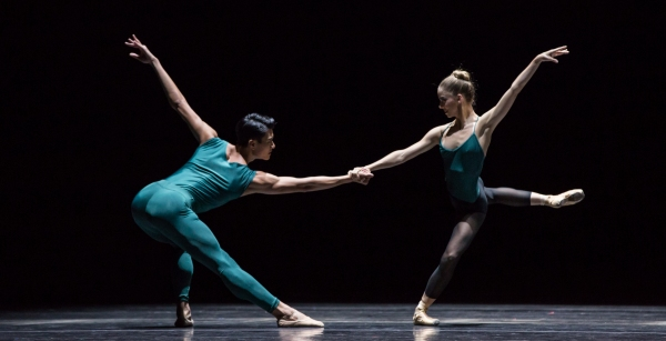 BWW Reviews: Houston Ballet's MODERN MASTERS is Entrancing