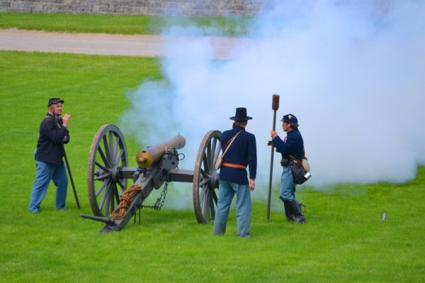 Actors re-create Civil War at Greenfield Village