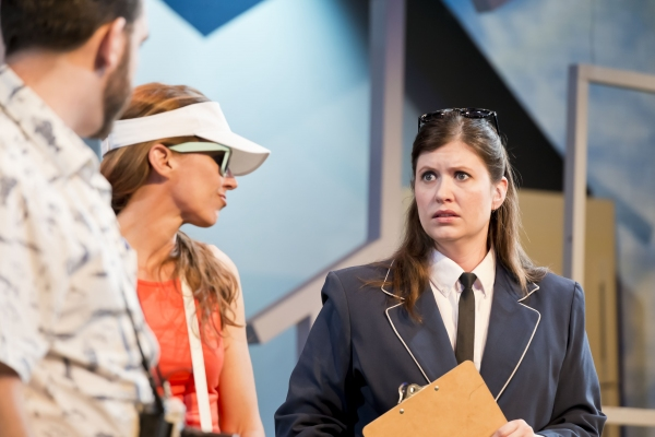 BWW Reviews: Catastrophic Theatre's MIDDLETOWN is Darkly Comic and Philosophical