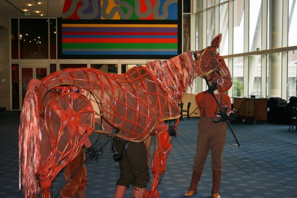 Photo Flash: 'Joey' from WAR HORSE Visits the Hobby Center