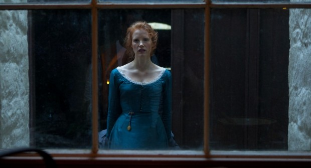 New Production Photos Of Jessica Chastain & Colin Farrell In MISS JULIE