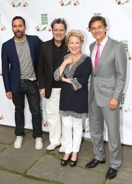 Arnold Germer, Isaac Mizrahi, Bette Midler and Dr. Oz