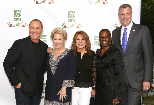 Michael Kors, Marlo Thomas, Bette Midler, Chirlane McGray and Mayor Bill de Blasio