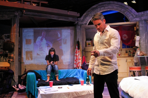 BWW Reviews: MUCKRAKERS Challenges Our Ideas On Personal and Political Boundaries