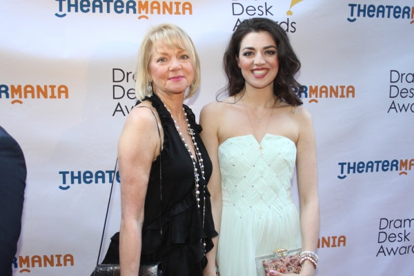 Photo Coverage: On the Red Carpet at the Drama Desk Awards- Part 1