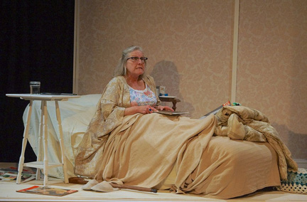 BWW Reviews: Haunting Season Finale at Mad Horse Theatre