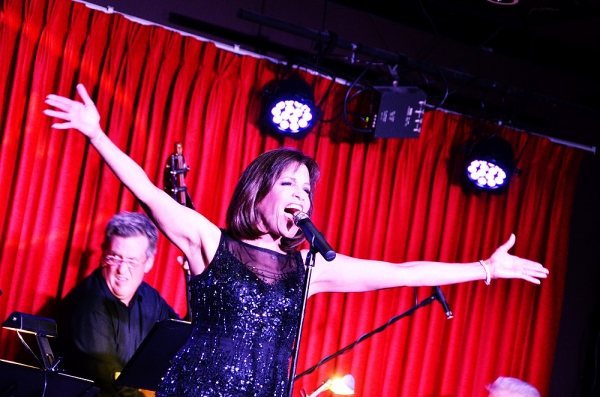 BWW Reviews: Singer Joan Ryan Brings Smashing On the Edge to Catalina Jazz Club