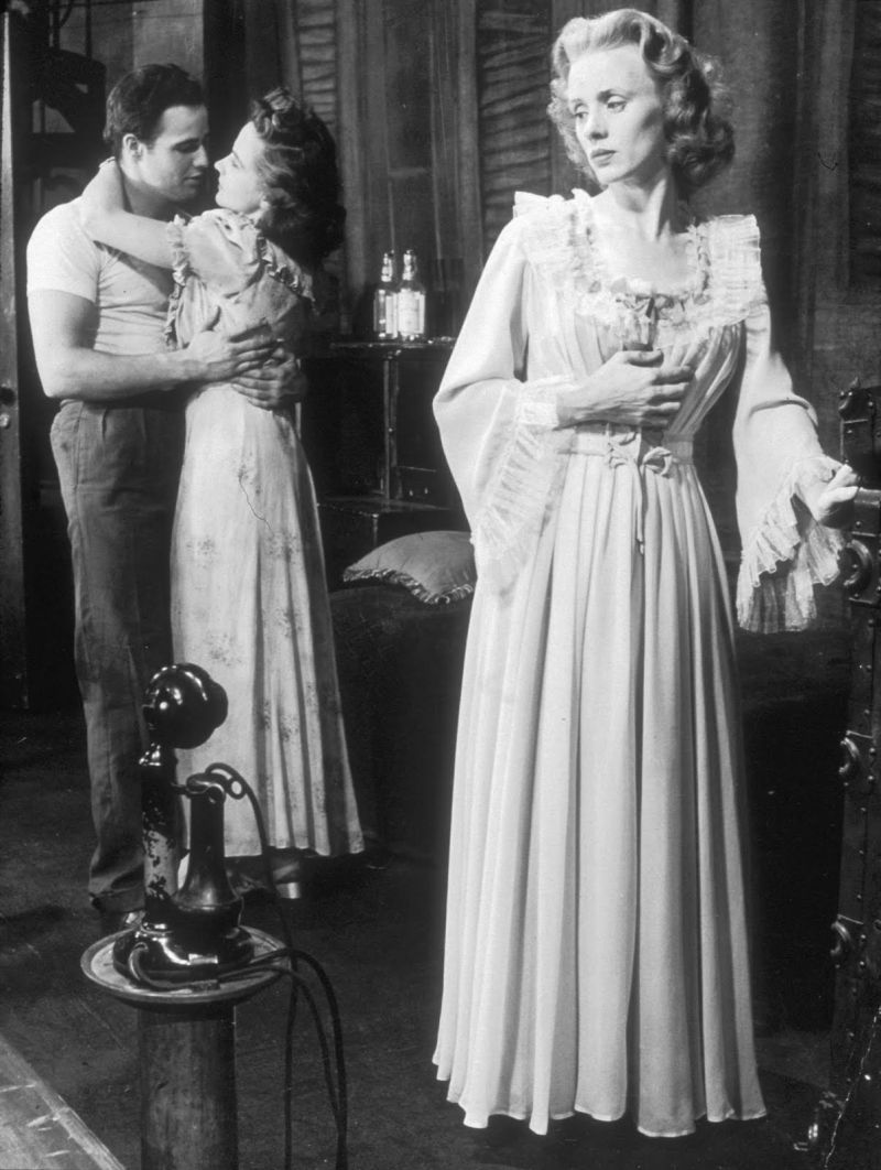 THEATRICAL THROWBACK THURSDAY: A STREETCAR NAMED DESIRE Wins The Drama Critics' Award