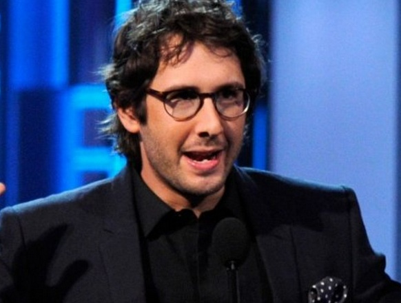 VIDEO: Josh Groban Considering CATFISH: THE MUSICAL for Broadway?
