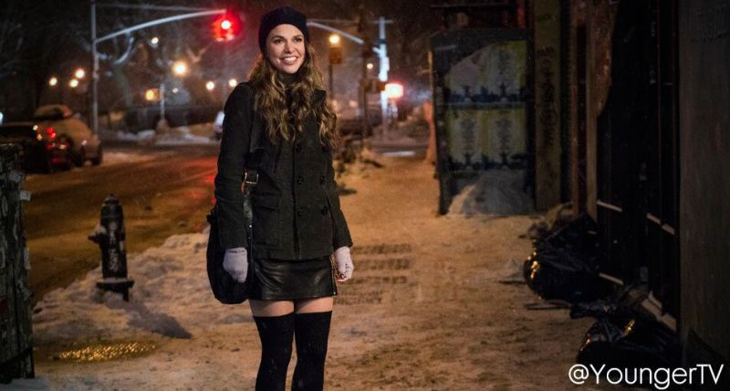 New Photos Of Sutton Foster On New TV Series YOUNGER